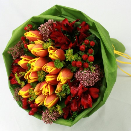HB15004 - Tulips bouquet